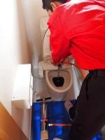トイレの排水詰まり